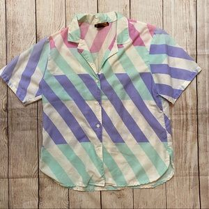 Awesome vintage retro short sleeve button up shirt